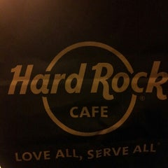Photo taken at Hard Rock Cafe Pittsburgh by Simone D. on 2/28/2013