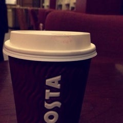 Photo taken at Costa Coffee | كوستا كوفي by M Š. on 1/25/2015