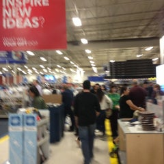 Photo taken at Best Buy by Lauren C. on 11/23/2012