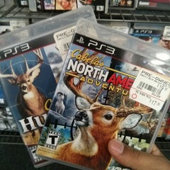 Photo taken at GameStop by Julio A. on 9/25/2013