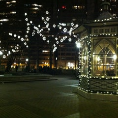 Photo taken at Rittenhouse Square by Cesar M. on 12/21/2012