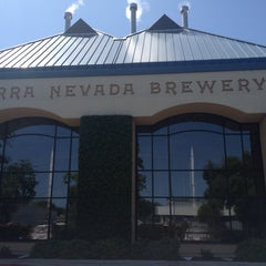 Photo taken at Sierra Nevada Brewing Co. by Natalia G. on 5/21/2013