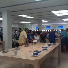 Photo taken at Apple Store, International Plaza by Rob D. on 9/26/2012