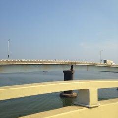 Photo taken at Mandovi Bridge by Elena Kruz on 11/24/2014