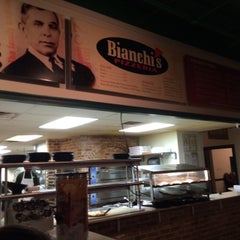 Photo taken at Bianchi's Pizzeria by Lici B. on 6/10/2014