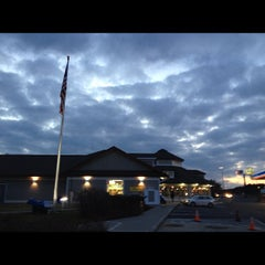 Photo taken at Lee Service Plaza (Eastbound) by Ton M. on 12/12/2012