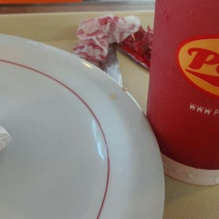 Photo taken at Parmê Express by Alexandre Pacheco .. on 11/25/2014