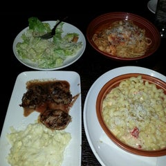Photo taken at Carrabba's Italian Grill by Jesse C. on 3/19/2014