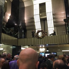 Photo taken at Chicago Board of Trade by Darrin T. on 12/9/2014