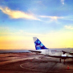 Photo taken at Buffalo Niagara International Airport (BUF) by Joe D. on 1/10/2013