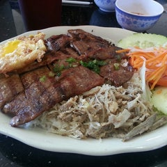 Photo taken at Pho Thanh by Joseph T. on 8/23/2013