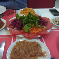 Photo taken at Sar Kebap by Elif Ş. on 10/8/2012