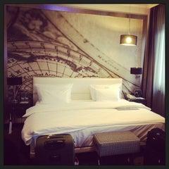 Das Foto wurde bei Le Méridien Grand Hotel Nürnberg von Ravin am 9/18/2013 aufgenommen