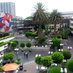 Photo taken at Universidad La Salle by Mario R. on 5/13/2013