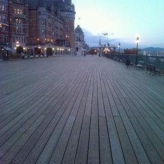 Photo taken at Terrasse Dufferin by Pierre Marc G. on 10/12/2012