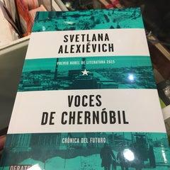 Photo taken at Librería Del Fondo De Cultura Economica by Annia G. on 12/16/2015