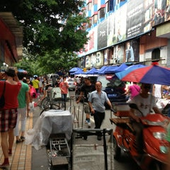 Photo taken at Seoul Street (shoes Market) by Raul U. on 7/22/2013