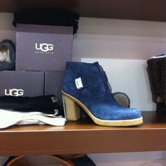 Photo taken at Factory Outlet by Gianna on 11/5/2012