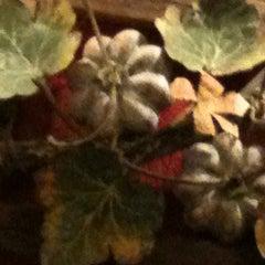 Photo taken at Pomodoro by Débora Iris on 10/26/2012