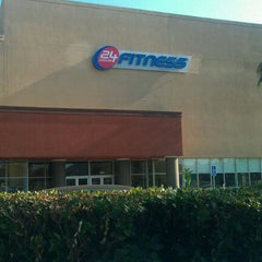 Photo taken at 24 Hour Fitness by Shaunna W. on 9/18/2011