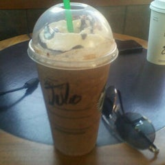 Photo taken at Starbucks by JC Del Valle on 2/19/2012