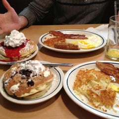 Photo taken at IHOP by Danielle on 11/4/2012