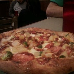 Photo taken at Mellow Mushroom by Celtic D. on 12/15/2012