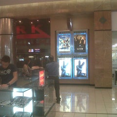 Photo taken at Cinemark Metrocentro by Henry A. on 8/2/2013