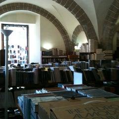 Photo taken at Librería Del Fondo De Cultura Economica by Annie F. on 2/9/2013
