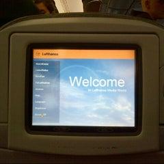 Das Foto wurde bei Lufthansa Flight LH 405 von Derrick F. am 3/17/2013 aufgenommen