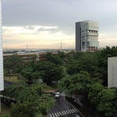 Photo taken at มหาวิทยาลัยกรุงเทพ (Bangkok University) by Veracious O. on 9/16/2013