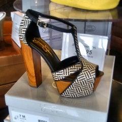 Photo taken at DSW Designer Shoe Warehouse by Tami H. on 3/15/2013