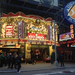Photo taken at Ripley's Believe It Or Not! Times Square by Emilio on 11/16/2012