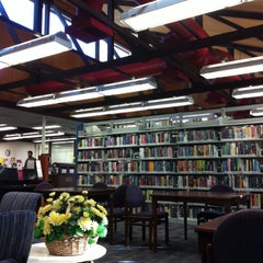 Photo taken at Woodland Branch Library by Chongho L. on 10/25/2014