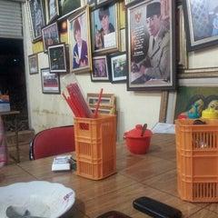 Photo taken at Mie Jakarta Pak Thoyonk by Bob S. on 7/21/2013