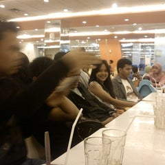 Photo taken at D'Cost Seafood by Topan K. on 2/5/2013