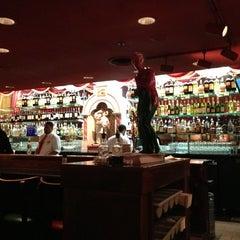 Photo taken at Buca di Beppo Italian Restaurant by Paul F. on 2/15/2013