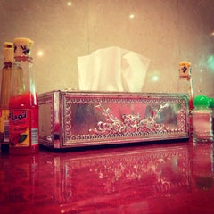 Photo taken at فادان للمأكولات الإندنوسية - fadan restaurant by MoHaMmAd on 10/6/2014