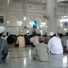 Photo taken at Masjid Agung Darul Falah by Kana R. on 10/26/2012