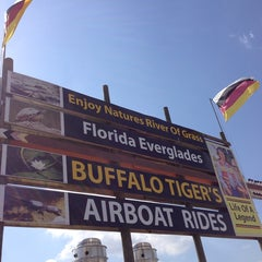 Photo taken at Buffalo Tiger's Airboat Rides by Cycling P. on 5/9/2014
