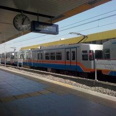 Photo taken at Merter Metro İstasyonu by Turgut S. on 10/27/2013