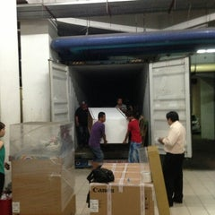 Photo taken at Loading Bay Suria Sabah Mall by Suchen S. on 5/22/2013
