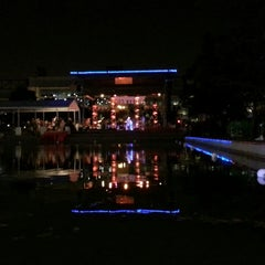 Photo taken at Discovery Green by Richard W. on 7/29/2013