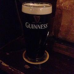 Photo taken at O'Mearas Irish Pub by Jurre D. on 2/3/2015