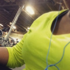 Photo taken at 24 Hour Fitness by Kimberly J. on 2/15/2015