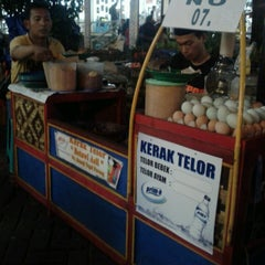Photo taken at Kerak Telor - PRJ by Sabrina H. on 7/3/2013