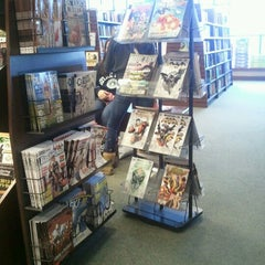 Photo taken at Barnes & Noble by Nicole C. on 11/3/2012