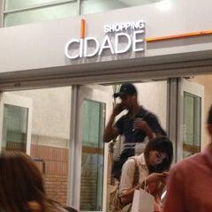 Photo taken at Shopping Cidade by Mayara on 7/26/2013