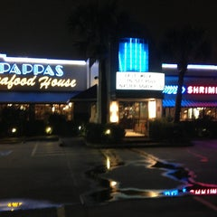 Photo taken at Pappas Seafood House by Duane L. on 2/6/2013