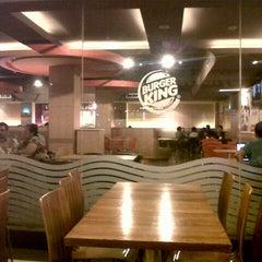 Photo taken at Burger King by Lim H. on 3/7/2013